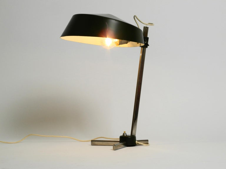 Large 1960s Industrial Aluminum Table Lamp with Height-Adjustable Shade For Sale 12