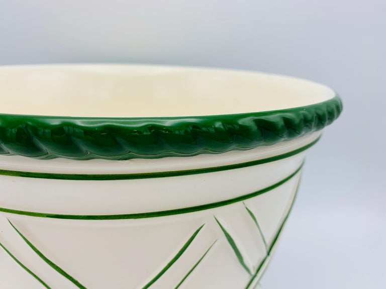 Hollywood Regency Large 1960s Italian Green and White Ceramic Lattice Motif Cachepot For Sale