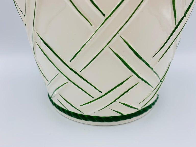 Large 1960s Italian Green and White Ceramic Lattice Motif Cachepot In Good Condition For Sale In Richmond, VA