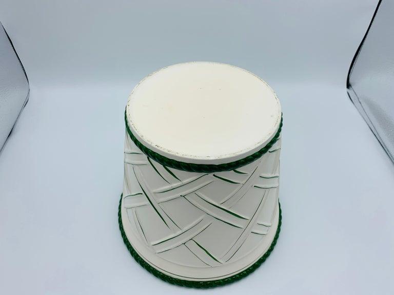 Large 1960s Italian Green and White Ceramic Lattice Motif Cachepot For Sale 2