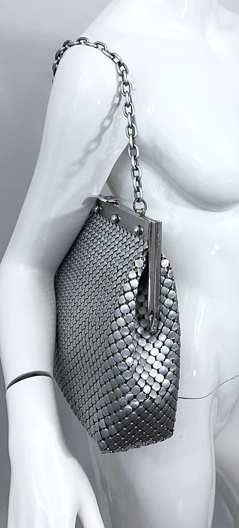 Large 1960s Whiting & Davis Silver Chainmail 60s Hand Shoulder Bag Mod Purse For Sale 6