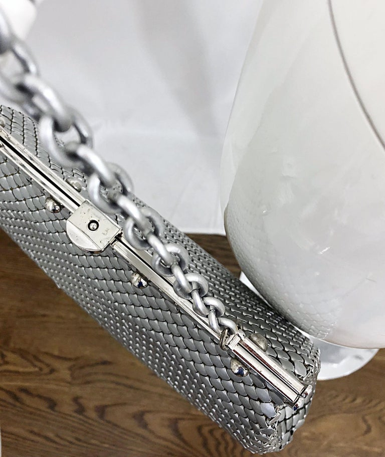 Large 1960s Whiting & Davis Silver Chainmail 60s Hand Shoulder Bag Mod Purse For Sale 1