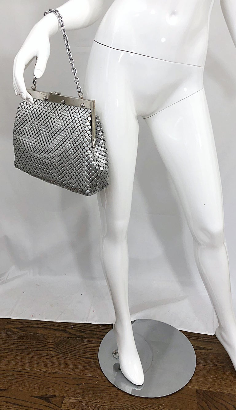 Large 1960s Whiting & Davis Silver Chainmail 60s Hand Shoulder Bag Mod Purse For Sale 5