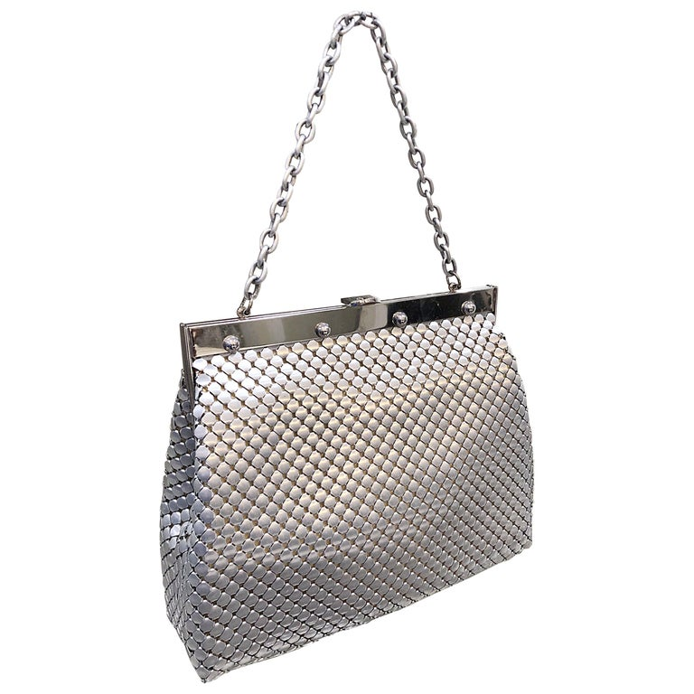 Large 1960s Whiting & Davis Silver Chainmail 60s Hand Shoulder Bag Mod Purse For Sale