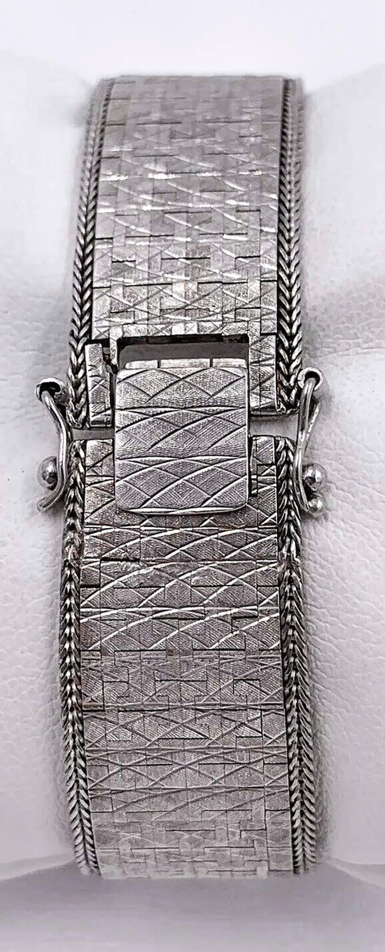 Large 1970s Piaget 18kt Double Diamond Row Roman Numeral Textured Bracelet Watch For Sale 2