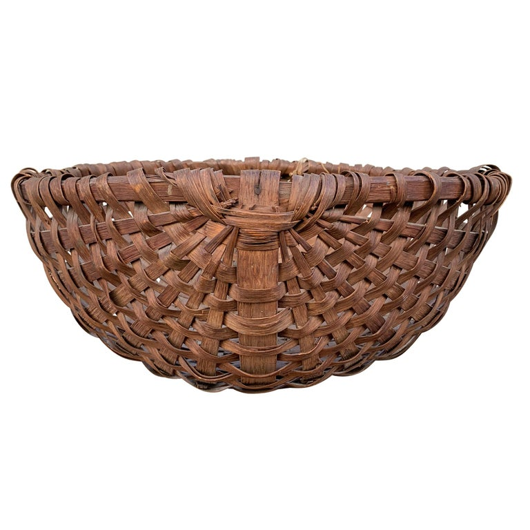 Country Large 19th Century American Spale Gathering Basket For Sale