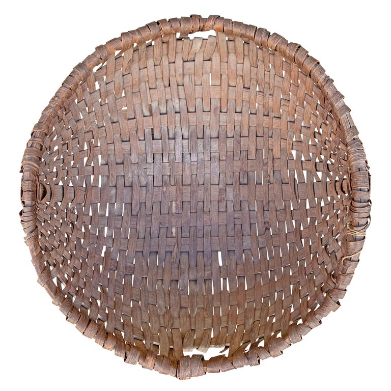 Large 19th Century American Spale Gathering Basket For Sale 1