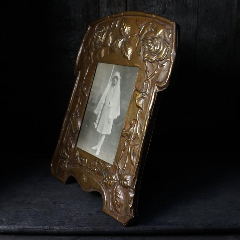 English Large 19th Century Art Nouveau Latten Picture Frame Decorated with Roses For Sale