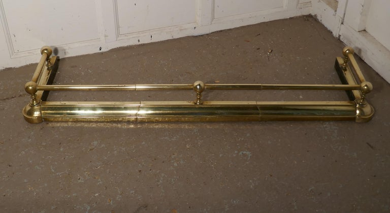 Large 19th Century Brass Fender For Sale 1