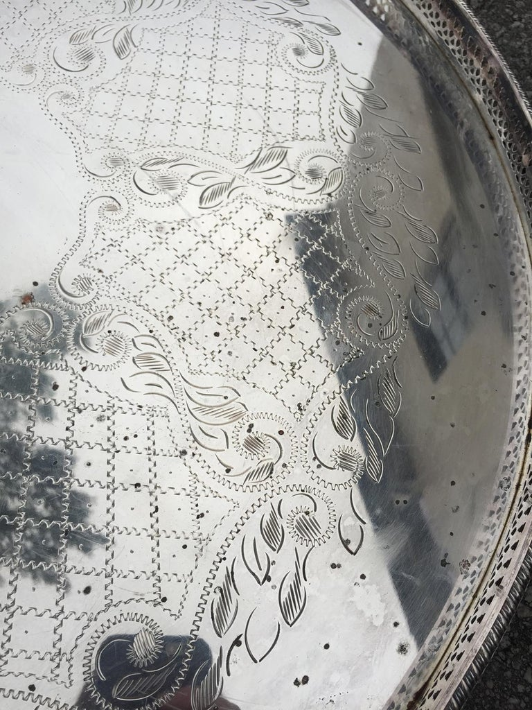 20th Century Jumbo English Round Silver Plate Tray For Sale 1