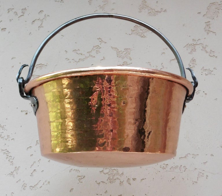 Large 19th Century, French Copper Pie Platter Pan In Good Condition For Sale In The Hills, TX