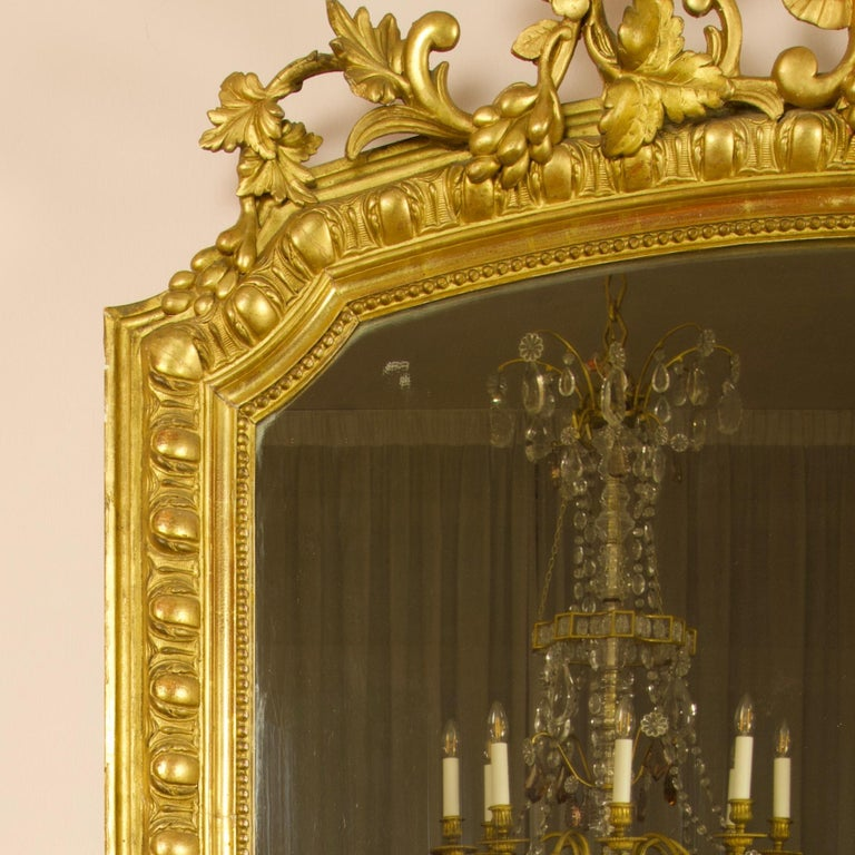 Large 19th Century French Louis XVI Napoleon III Giltwood Wall Mirror In Good Condition For Sale In Berlin, DE