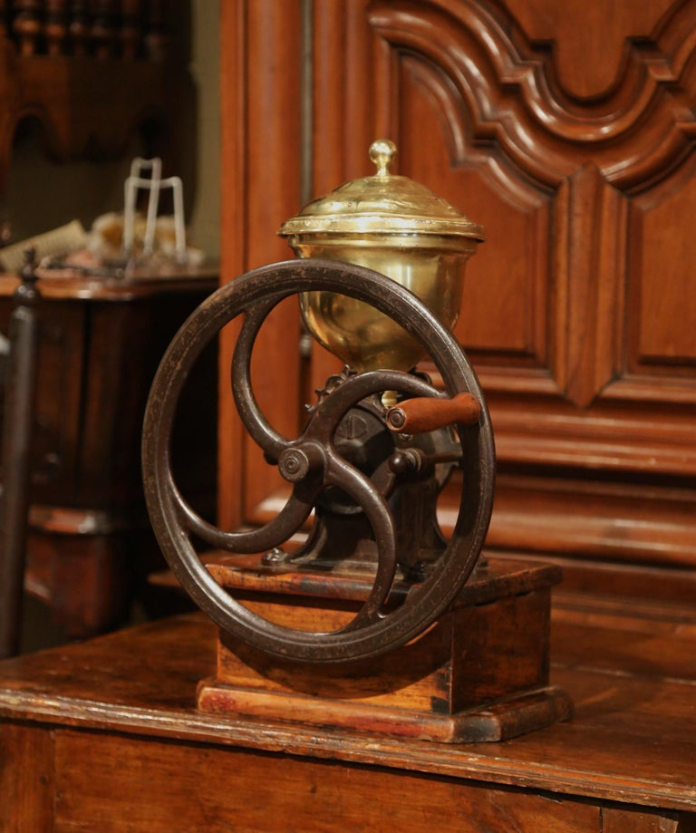 Large 19th Century French Walnut Iron and Brass Coffee Grinder In Excellent Condition For Sale In Dallas, TX