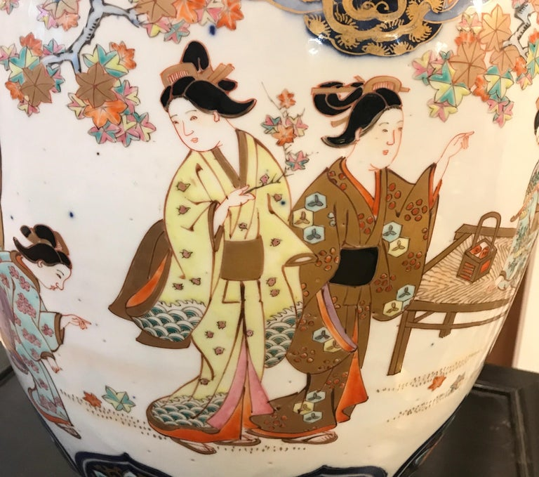 Late 19th Century Large 19th Century Hand Painted Imari Porcelain Vase Meiji Period For Sale