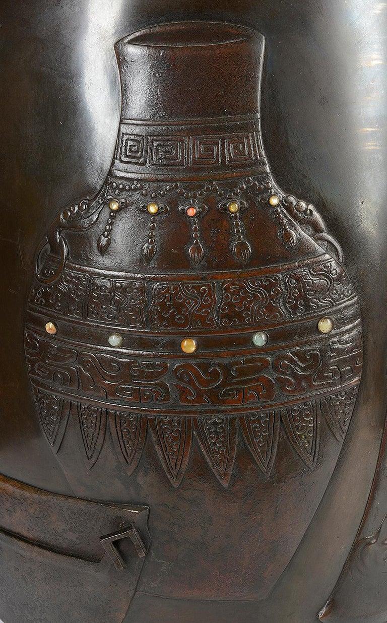 Large 19th Century Japanese Meiji Period Bronze Vase For Sale 3