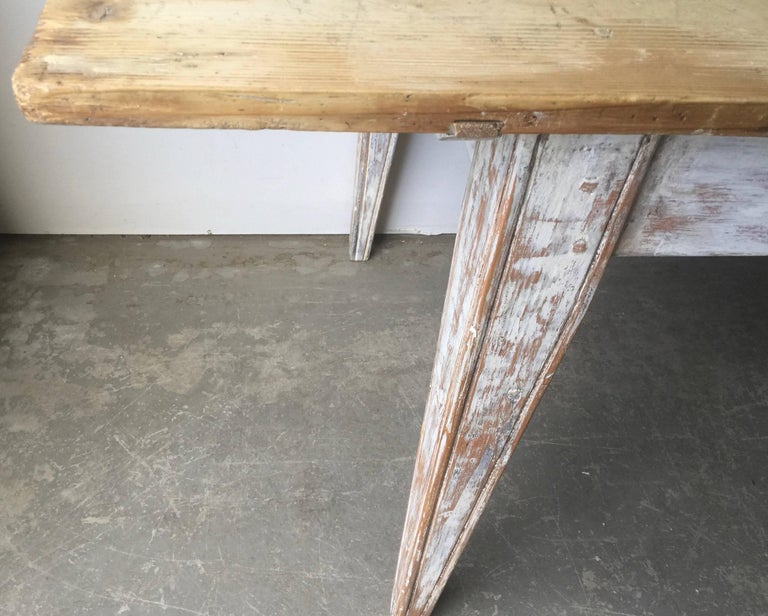 Large 19th Century Painted French Country Table For Sale 1