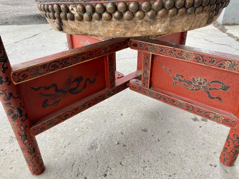 Large 19th Century Qing Dynasty Chinese Ceremonial Lacquered Drum, Dragon Stand For Sale 2