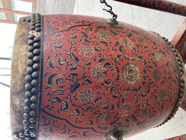 Large 19th Century Qing Dynasty Chinese Ceremonial Lacquered Drum, Dragon Stand For Sale 4
