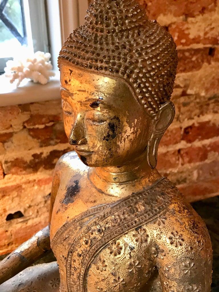 Large 19th Century Rattanakosin Gilt Bronze Buddha Figure For Sale 1