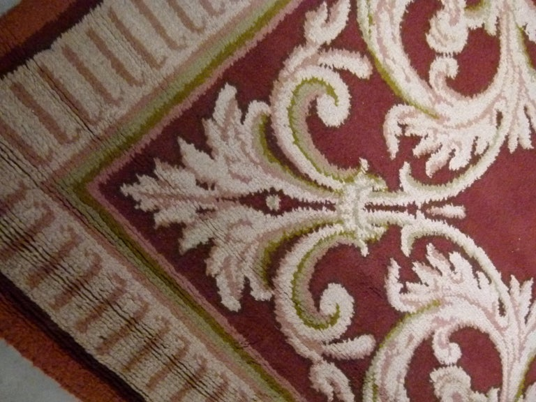 Hand-Knotted Large 20th Century Hand Knotted Wool Spanish Rug For Sale