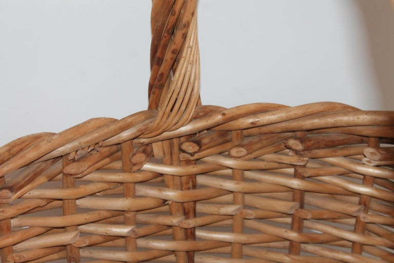 Hand-Crafted Large 20th Century Rustic Basket For Sale