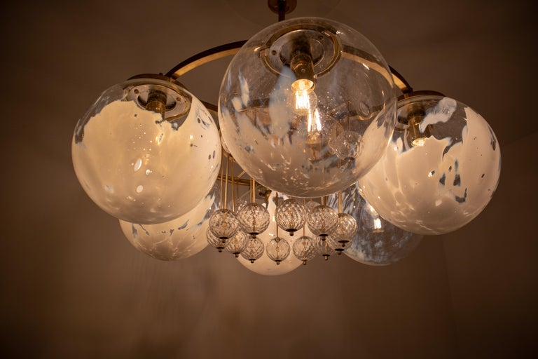 Large Midcentury Hotel Chandelier, in Brass and Decorated Art Glass For Sale 10