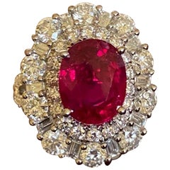Large 8.89 Carat Natural Corundum Ruby and Diamond 18 Karat White Gold Ring