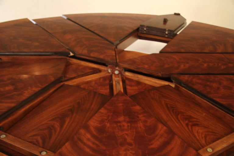 Large Round Mahogany Jupe Dining Table by Leighton Hall In New Condition For Sale In Suwanee, GA