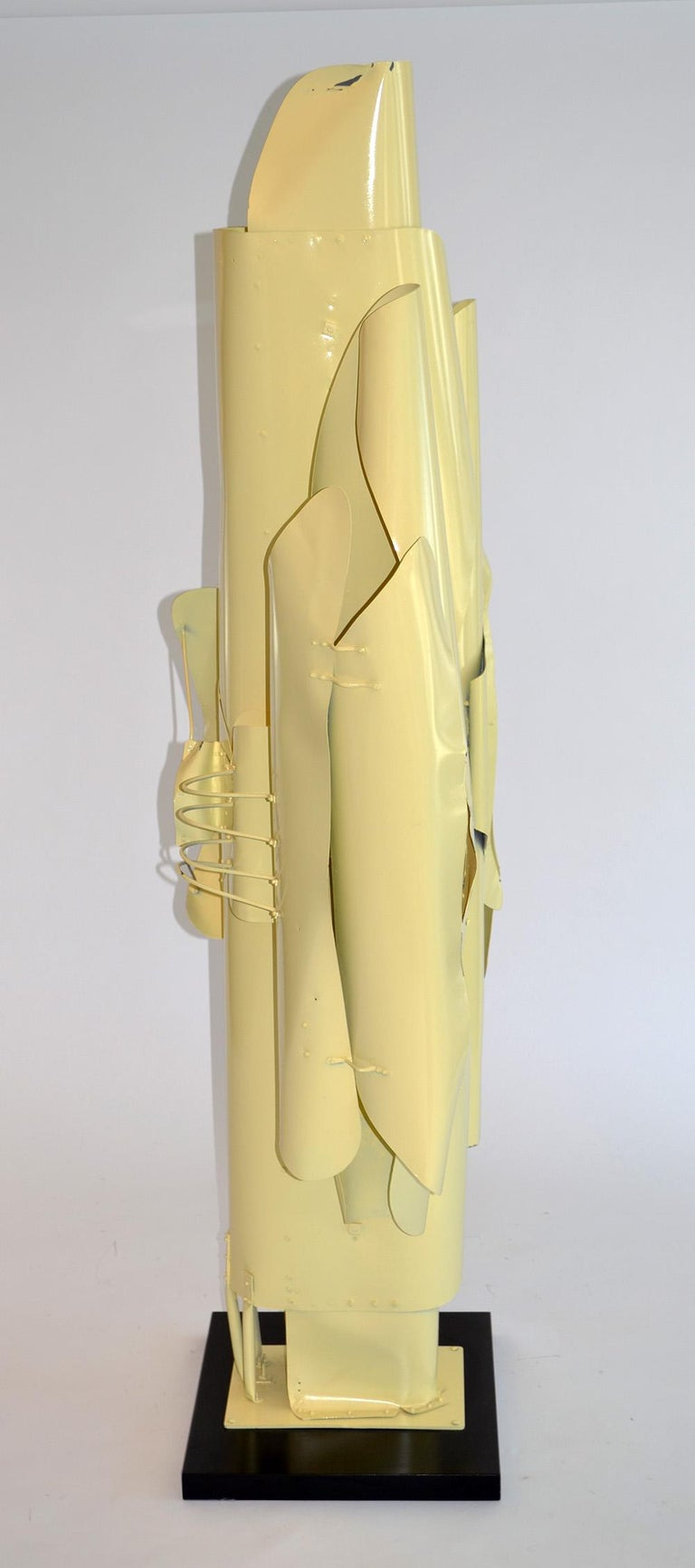 Modern Large Abstract Folded Metal Sculpture by Victor Roman, 1970's For Sale