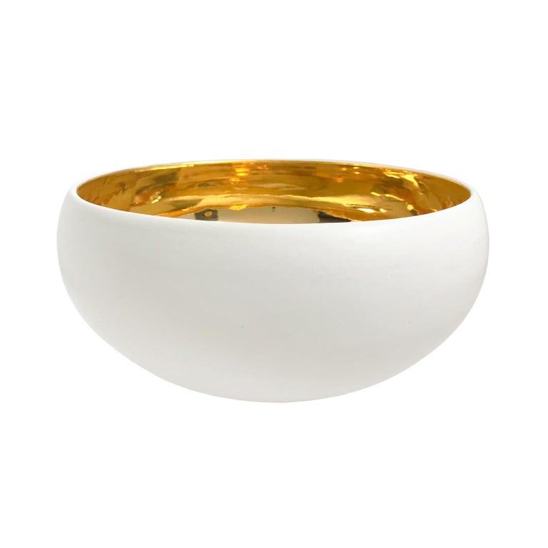Large Alabaster and 22-Karat Gold Glaze Curved Ceramic Bowl by Sandi Fellman For Sale