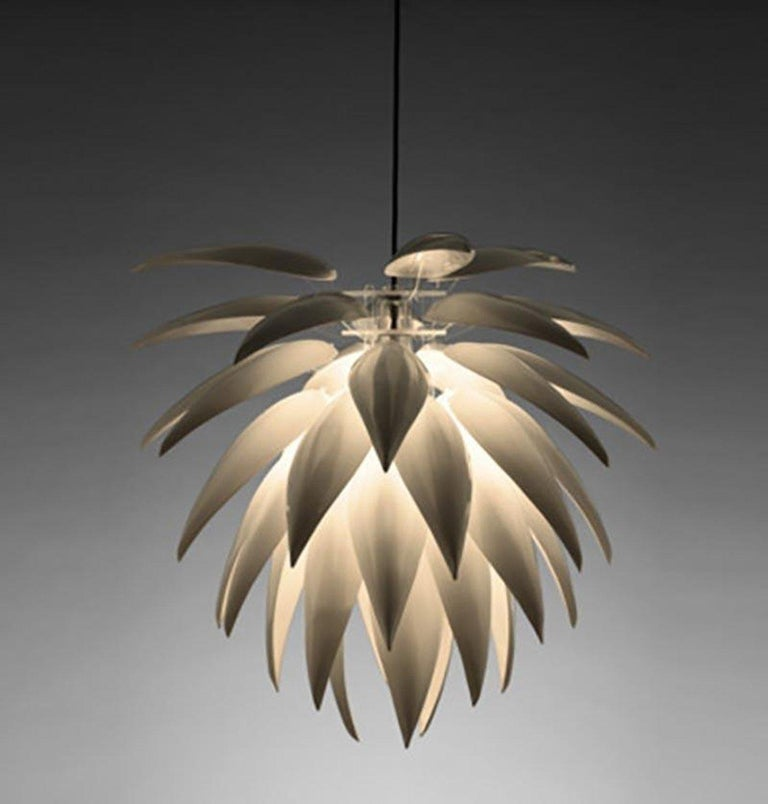 Organic Modern Large Aloe Blossom Suspension Lamp in Matte White Bone, China For Sale