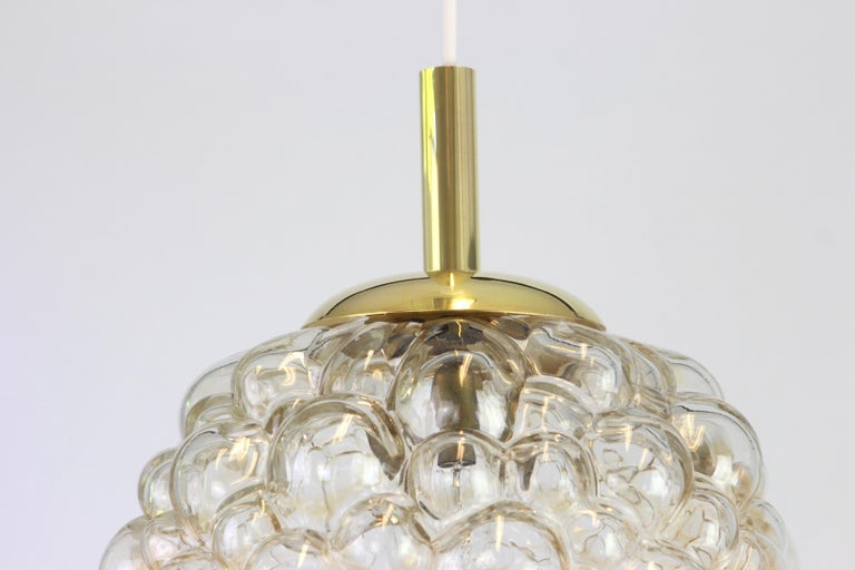 Large Amber Bubble Glass Pendant by Helena Tynell for Limburg, Germany, 1970s In Good Condition For Sale In Aachen, DE