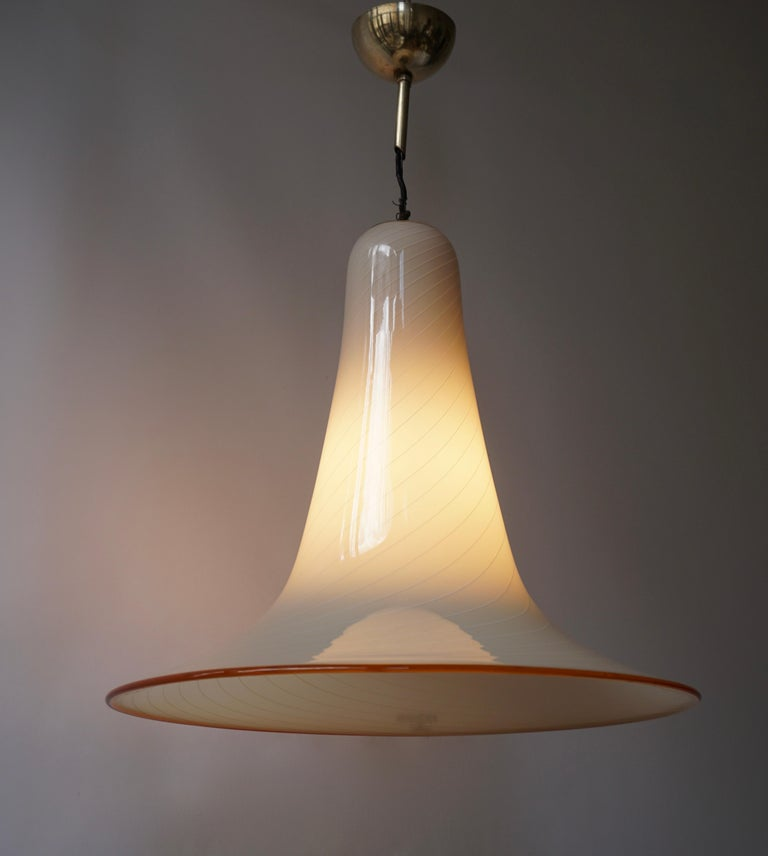 Effetre Murano Glass Trumpet Pendant Lamp In Good Condition For Sale In Antwerp, BE