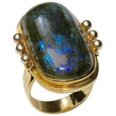 Large and Heavy 14 Karat Gold Ring with Labradorite