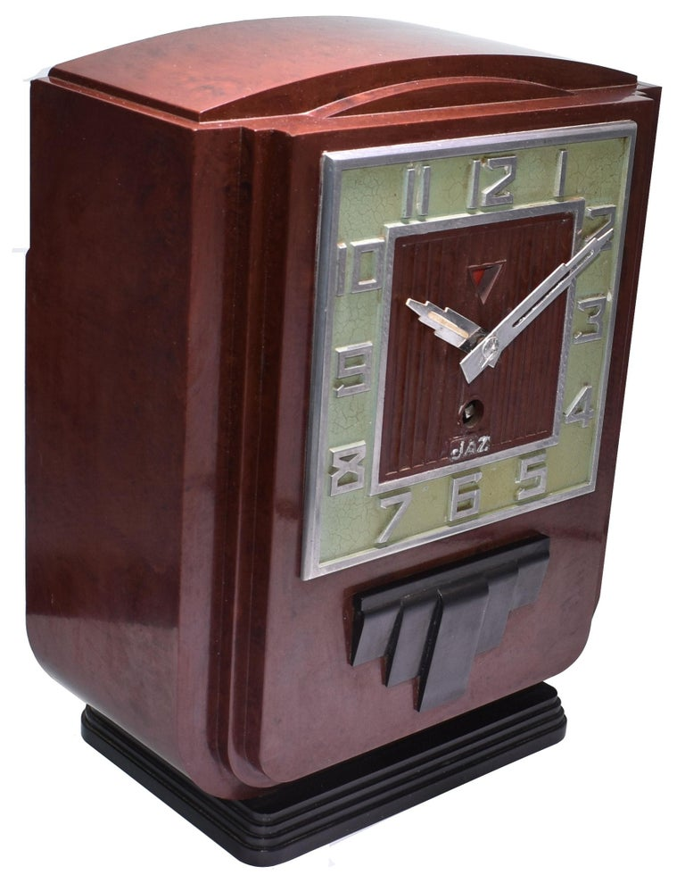 Large and Impressive 1930s Art Deco Red Bakelite Mantel Clock by JAZ For Sale 2