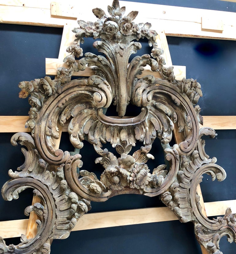 Hand-Carved Large and Impressive Antique Italian Carved Frame in the Baroque Style For Sale