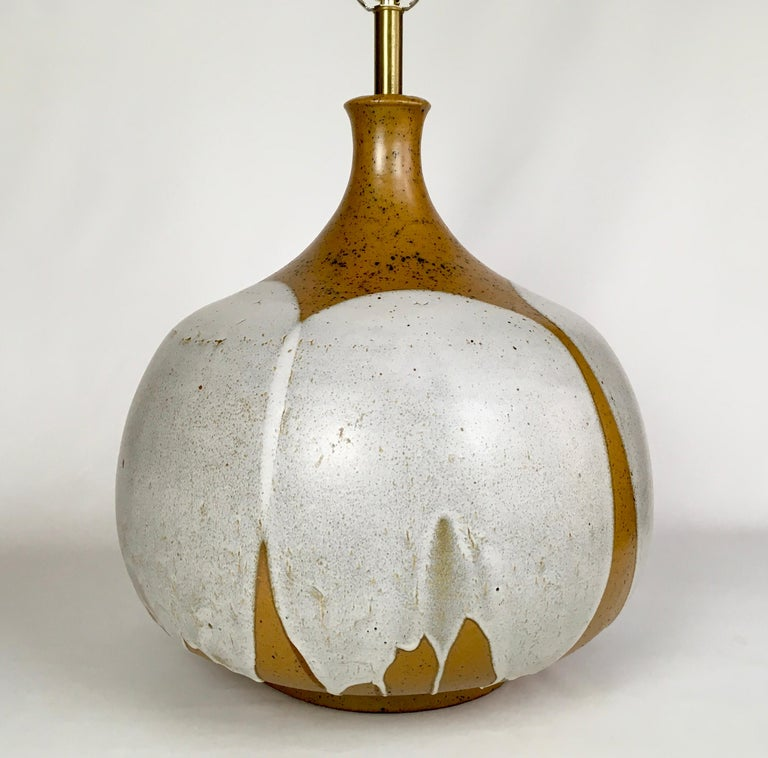Mid-Century Modern Large and Monumental Midcentury David Cressey Pottery Ceramic Lamp For Sale