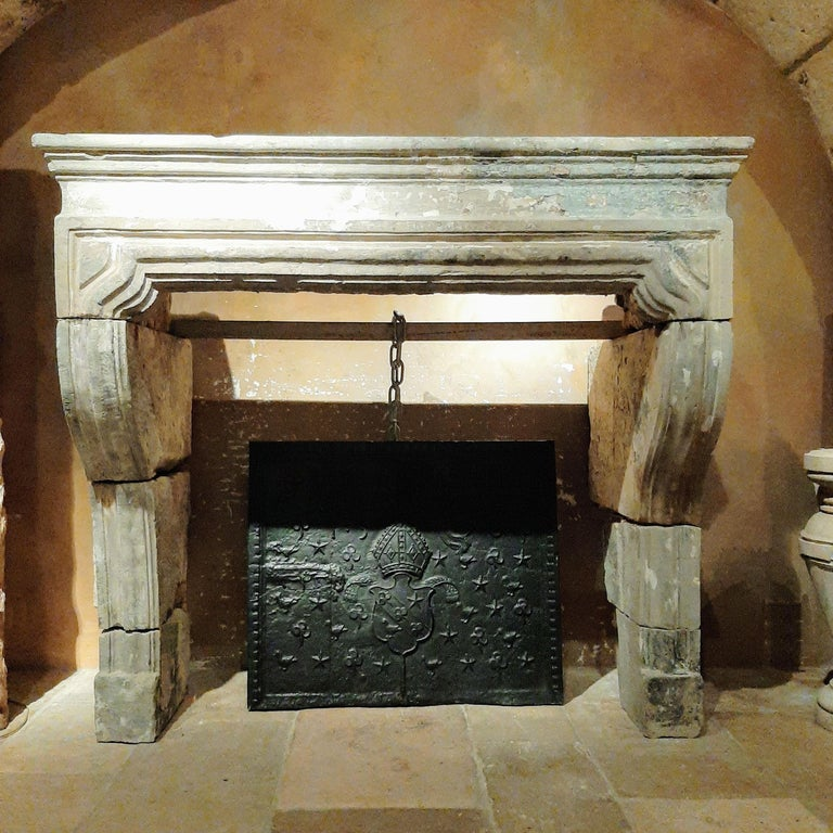 Large Antique 18th Century French Baroque Limestone Fireplace In Good Condition For Sale In Baambrugge, NL