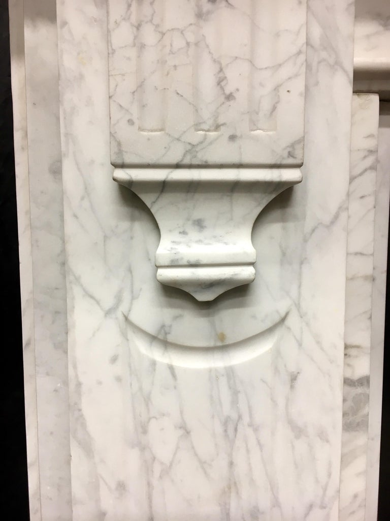 Large Antique 19th Century Mid-Victorian Carrara Marble Fireplace Surround For Sale 4