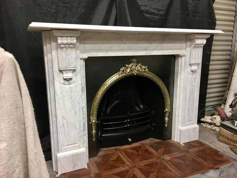 Large Antique 19th Century Mid-Victorian Carrara Marble Fireplace Surround For Sale 1