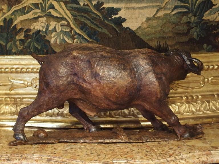 Large Antique African Hardwood Cape Buffalo Sculpture, circa 1900 For Sale 7