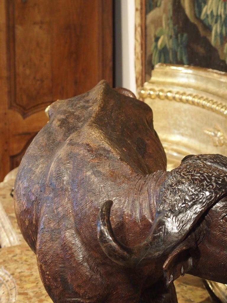 Large Antique African Hardwood Cape Buffalo Sculpture, circa 1900 For Sale 12
