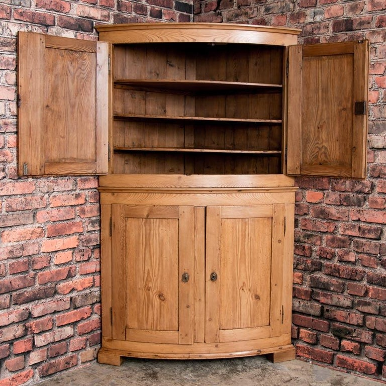 Large Antique Danish Bow Front Pine Corner Cabinet In Good Condition For Sale In Denver, CO