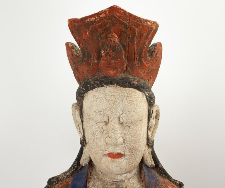 Large Antique Early 20th Century 'or Earlier' Chinese Polychrome Guanyin In Good Condition For Sale In Laguna Beach, CA