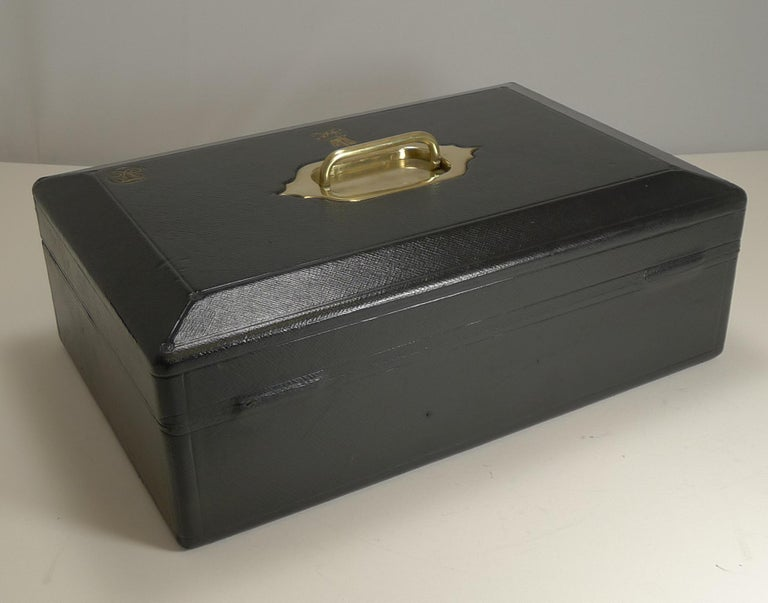 Large Antique English Morocco Leather Despatch / Dispatch Box by Wickwar, London For Sale 5