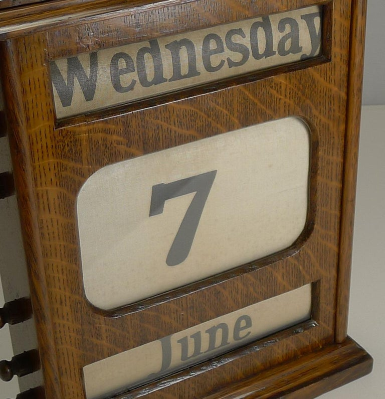 Edwardian Large Antique English Oak Perpetual Desk Calendar, circa 1900 For Sale