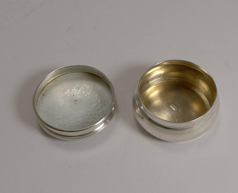 20th Century Large Antique English Sterling Silver and Guilloche Enamel Pill Box, 1918 For Sale