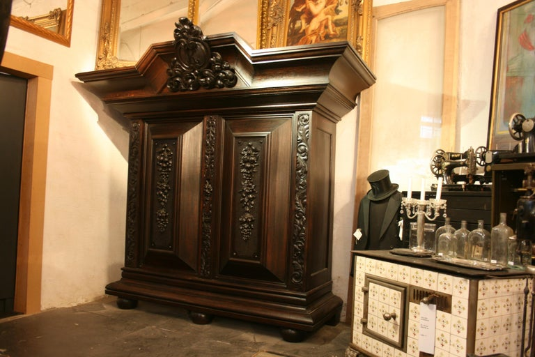 Hand-Carved Large antique Historicism Cabinet made of solid oak, Germany, circa 1880 For Sale