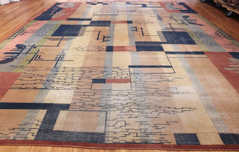 Large Antique Indian Shabby Chic Art Deco Rug. Size: 12 ft 4 in x 15 ft  For Sale 2