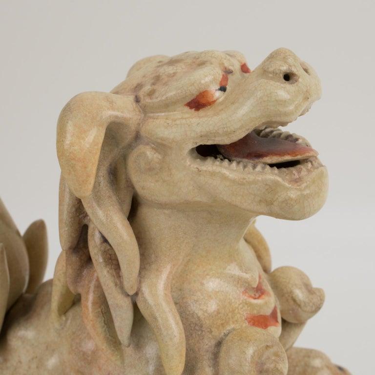 Large Antique Japanese Meiji Satsuma Covered Urn Vase with Foo Dog For Sale 12